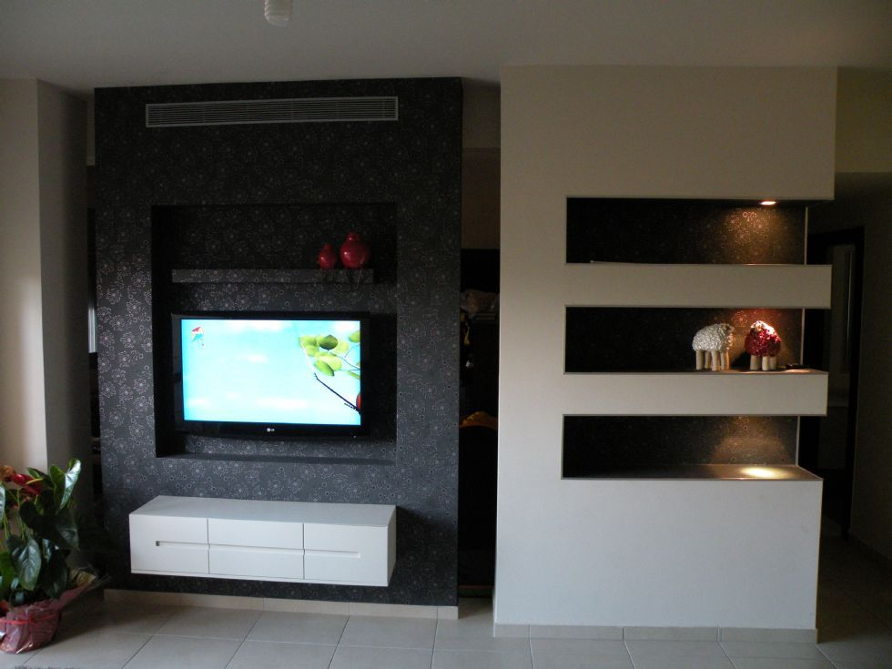 awesome tv wand pictures house design ideas. Black Bedroom Furniture Sets. Home Design Ideas